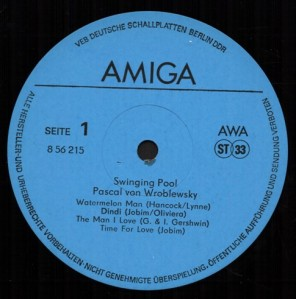 wroblewsky-pascal-von-1986-swinging-pool-label